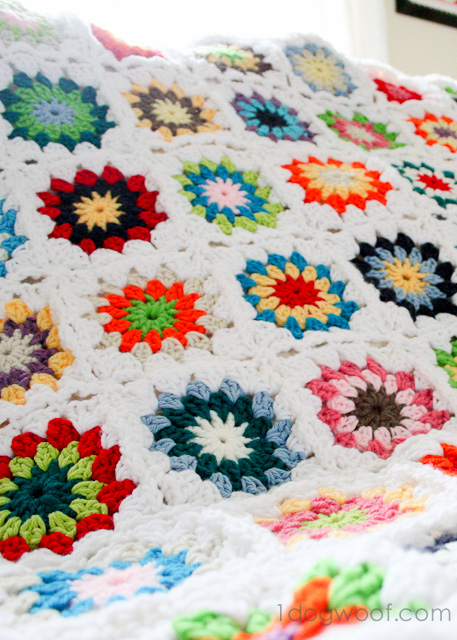Colorful Crochet Granny Square Quilt | One Dog Woof | #crochet