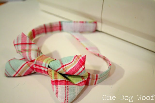 One Dog Woof: Toddler Bow Tie Tutorial