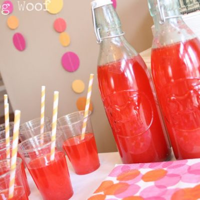 Birthday Party Snacks: Sparkling Strawberry Lemonade