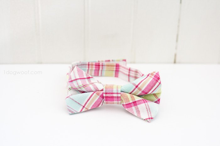 Adorable little boy's bow tie | www.1dogwoof.com