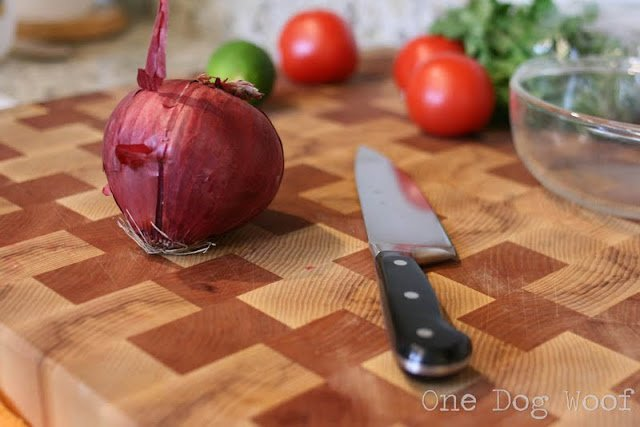 One Dog Woof: How to Dice Onions