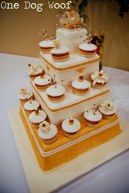 What we ate at our wedding: wedding cake