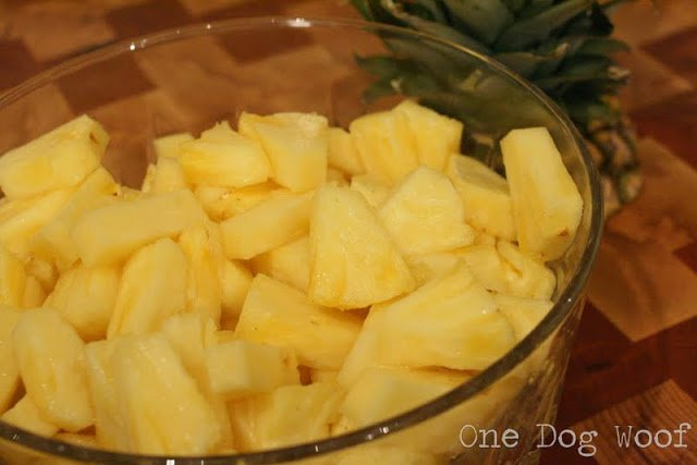 How to Cut Pineapple | One Dog Woof | #prep #cookingtips