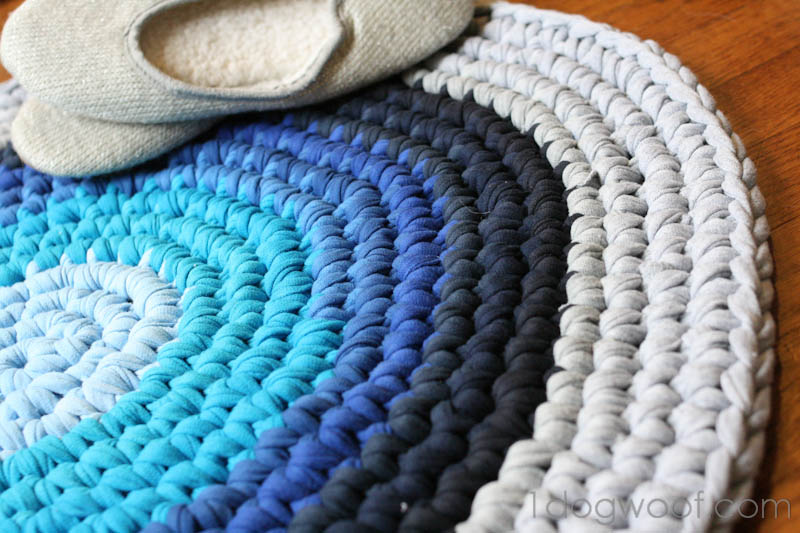 Crochet Rug from Repurposed T-shirts