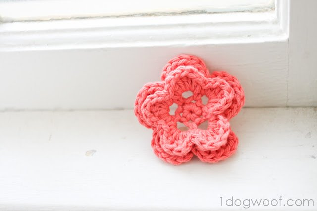 5 Petal Crochet Flower Pattern One Dog Woof