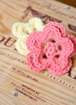 5 Petal Crochet Flower Pattern