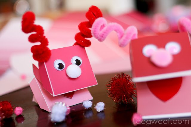 Paint Chip Puppets | One Dog Woof | #valentines