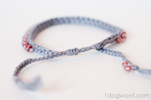 One Dog Woof Crochet Bracelet With Beads