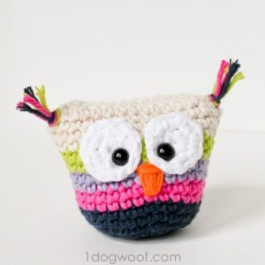 Crochet Owl Pouch | One Dog Woof | #freepattern