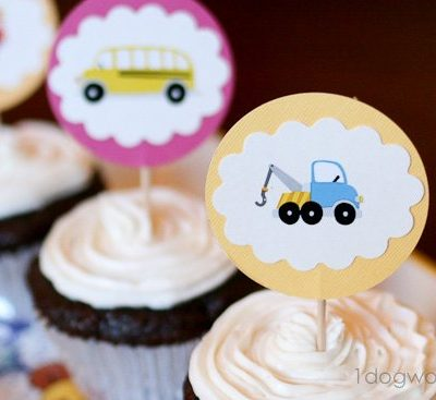 DIY Cupcake Toppers Using Cardstock and Stickers