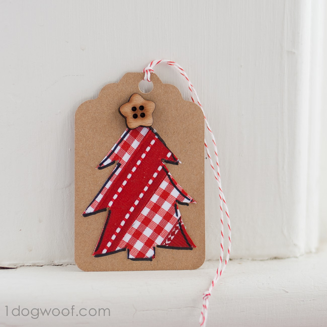 Ribbon Christmas Tree Holiday Gift Tags. www.1dogwoof.com