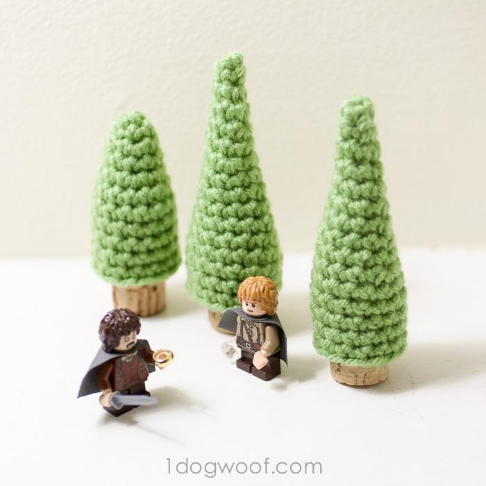 Model sized crocheted trees using cork as trunk. www.1dogwoof.com