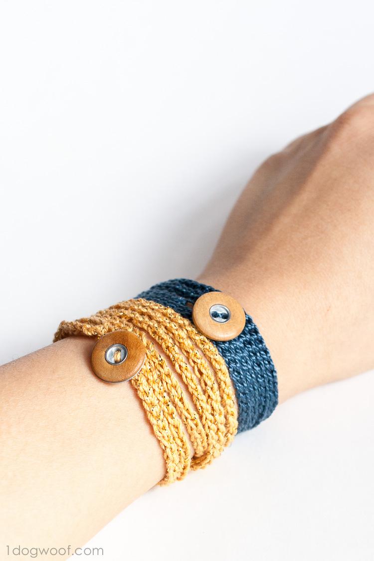 Crochet Wrap Bracelet | www.1dogwoof.com