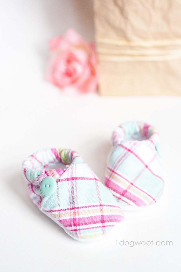 Baby Cloth Shoes Pattern with Silhouette Cut File - One Dog Woof