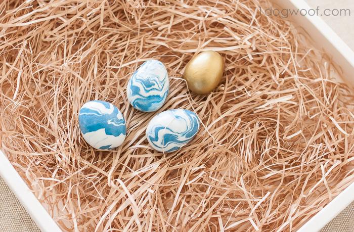 Marbleized Polymer Clay Eggs   www.1dogwoof.com