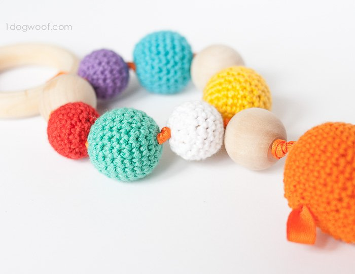 Goldfish Teether and Rattle Free crochet pattern + instructions | www.1dogwoof.com