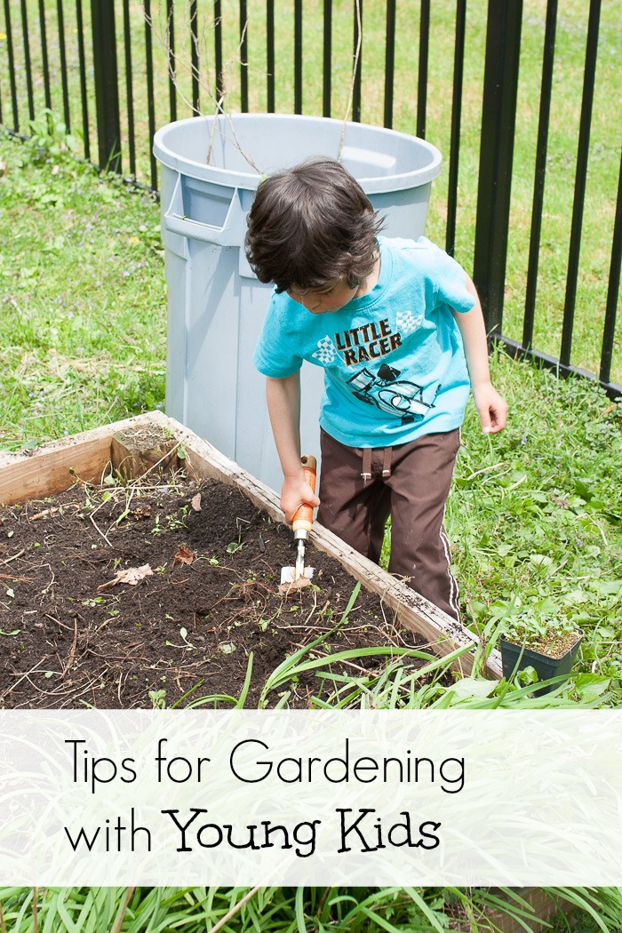 Tips for Gardening with Young Kids | www.1dogwoof.com