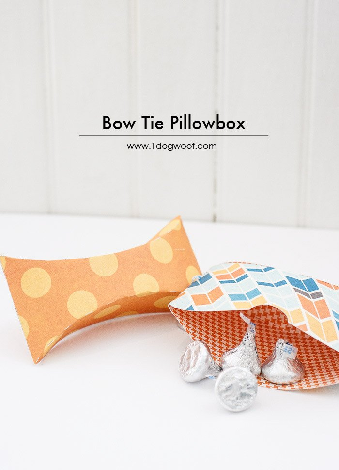 bow tie pillow box with free templates | www.1dogwoof.com