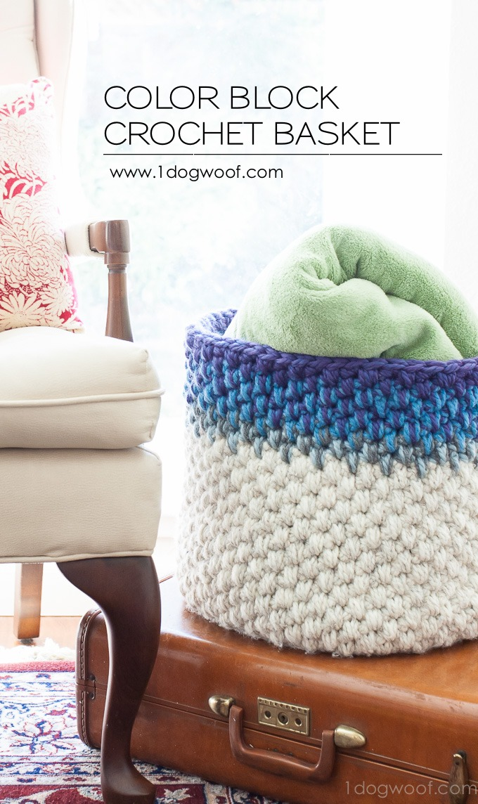Free pattern for an gorgeous basket. The mixed color block would be great for scrap busting. | www.1dogwoof.com
