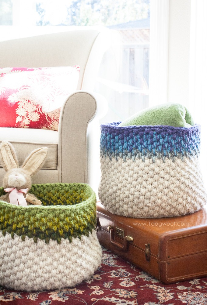 Gorgeous crochet baskets with free pattern. Great for scrap busting! | www.1dogwoof.com