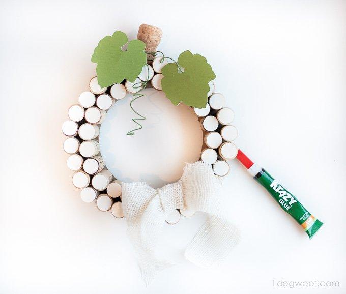 Using Krazy Glue Craft glue to make a cork wreath | www.1dogwoof.com
