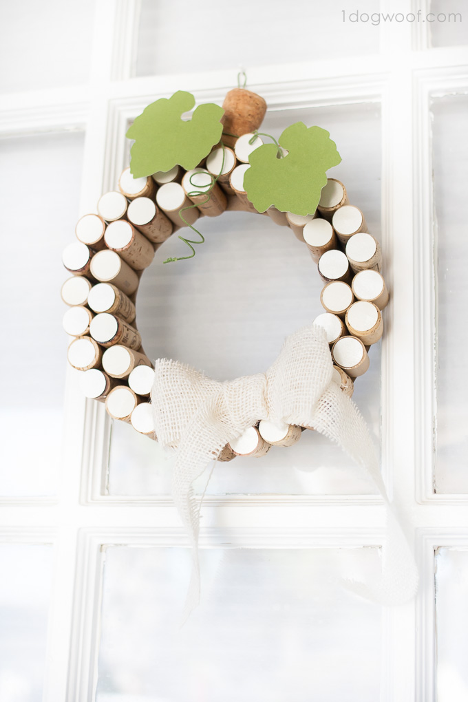 White pumpkin cork wreath.  So pretty for fall!  | www.1dogwoof.com