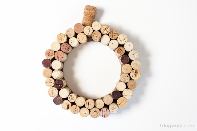 pumpkin cork wreath | www.1dogwoof.com