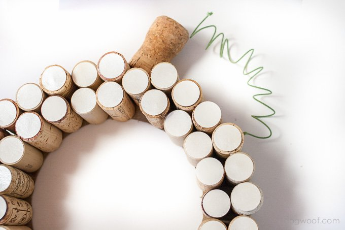 White pumpkin cork wreath | www.1dogwoof.com
