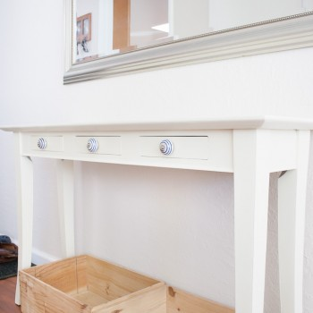 annie_sloan_chalkpaint_hallway_console-7