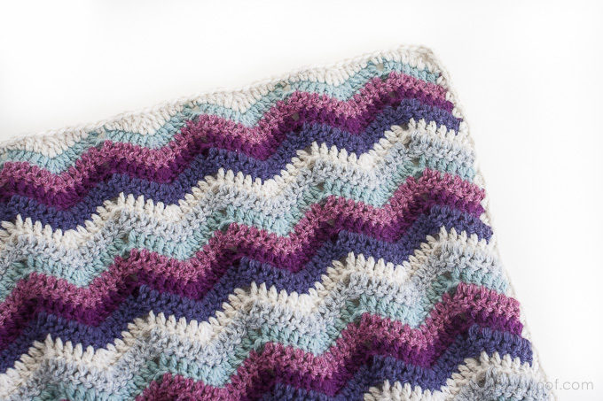 Ripple Chevron Afghan Square, free pattern | www.1dogwoof.com