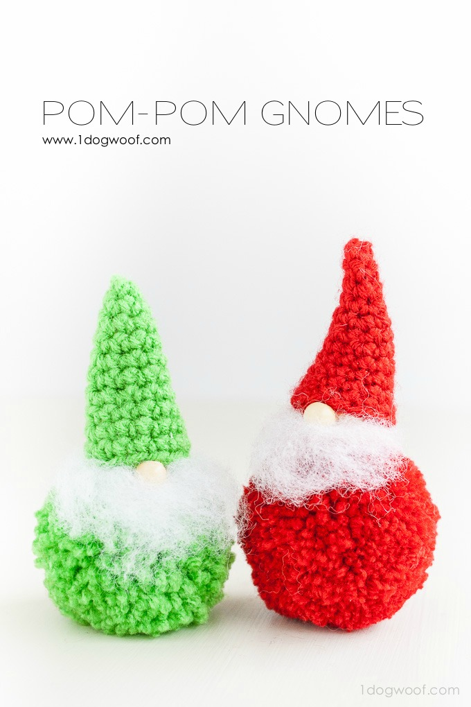 Adorable pom-pom gnomes with a free crochet pattern for the hat! | www.1dogwoof.com
