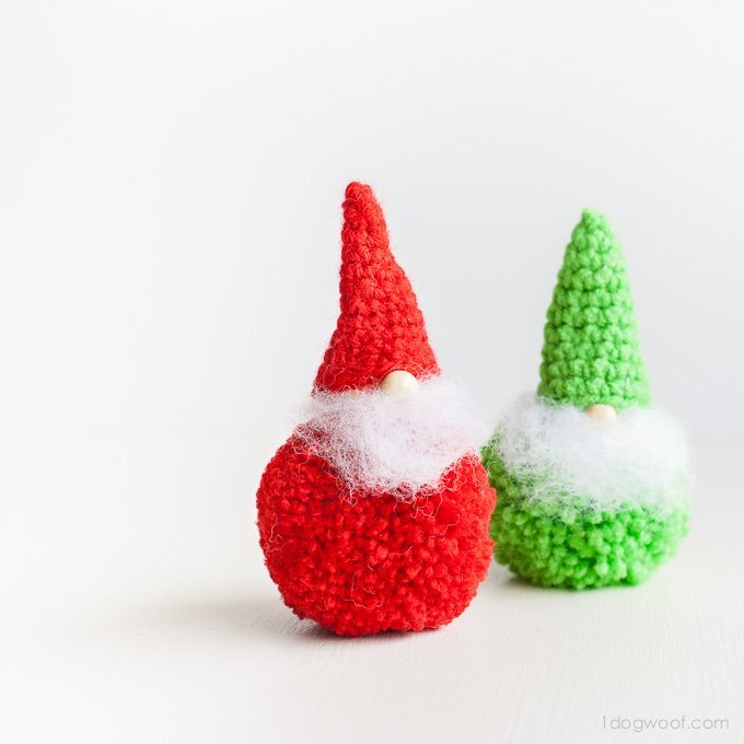 Adorable pom-pom gnomes. Love the noses! | www.1dogwoof.com