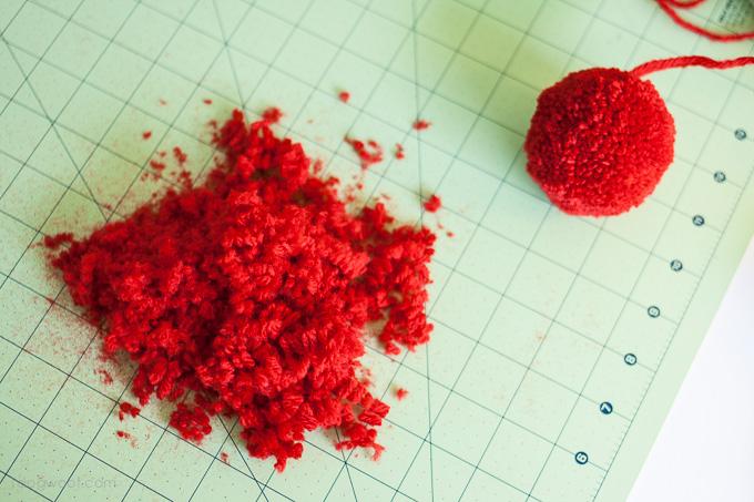 Trimming pom-poms | www.1dogwoof.com