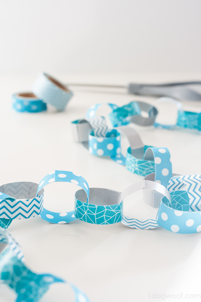 Oooh! Washi tape paper chain garlands. Great idea for parties or decorating a Christmas tree! | www.1dogwoof.com