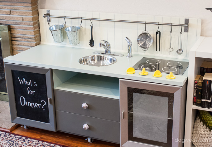 Secrets of how we built our diy play kitchen for under 90 Realistic play kitchen