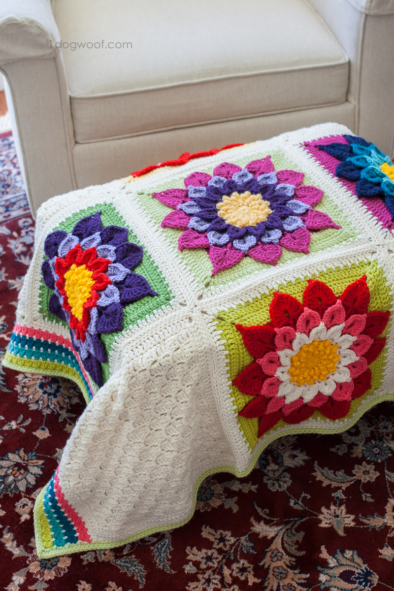 The crocodile flower afghan I made for my father. | www.1dogwoof.com