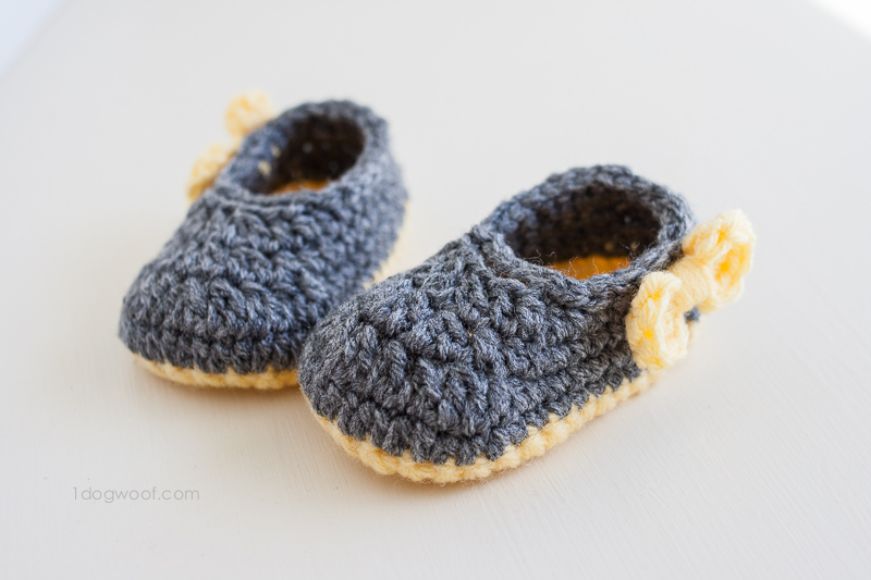 Piper Jane crochet baby shoes. | www.1dogwoof.com