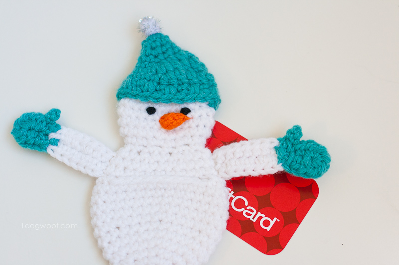Snowman gift card holder. | www.1dogwoof.com