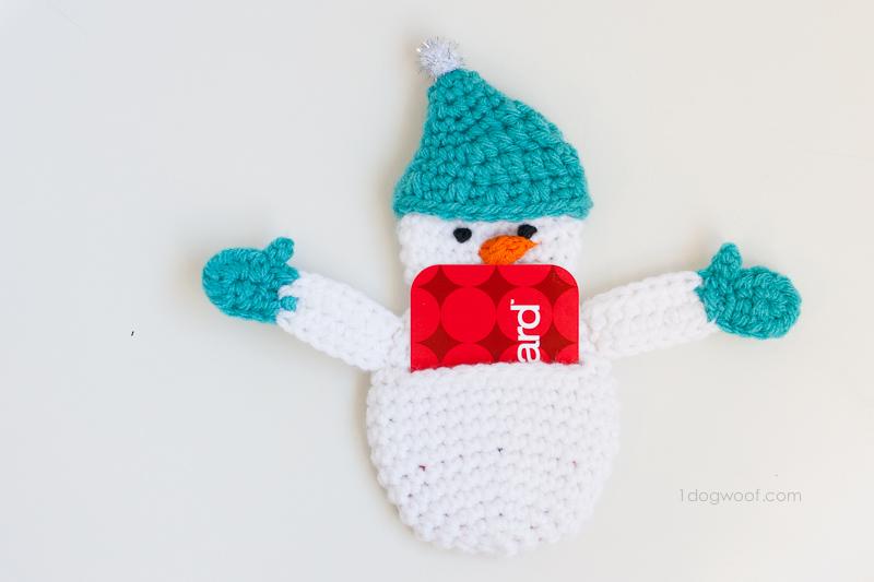 Snowman gift card holder. | www.1dogwoof.com