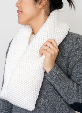 Gobelin Textured Cowl