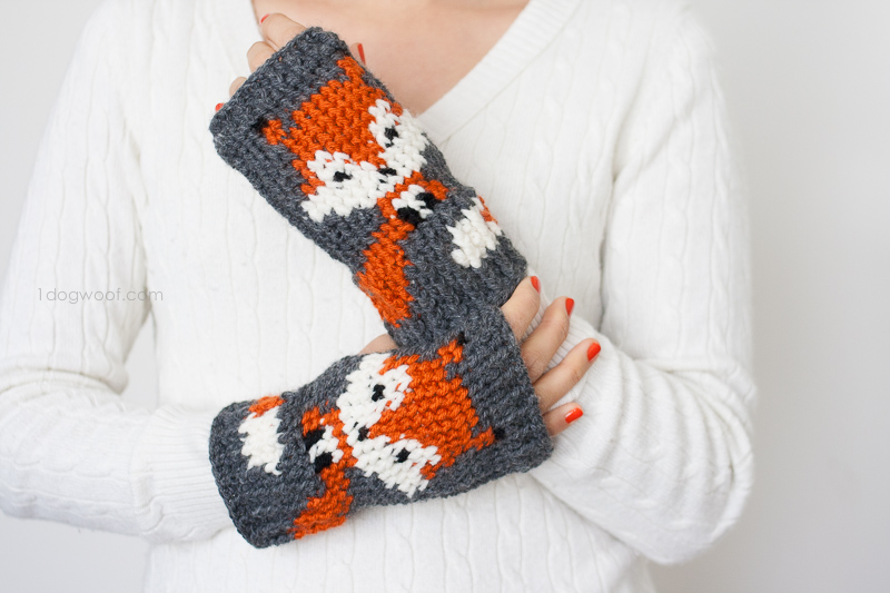A fox's warm tail wraps around your wrist in these foxy handwarmers using tapestry crochet.