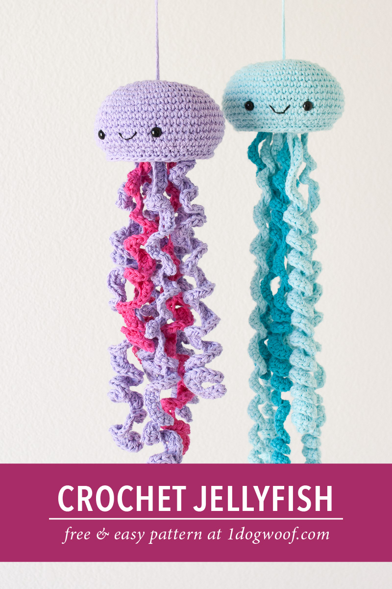 crochet jellyfish pin