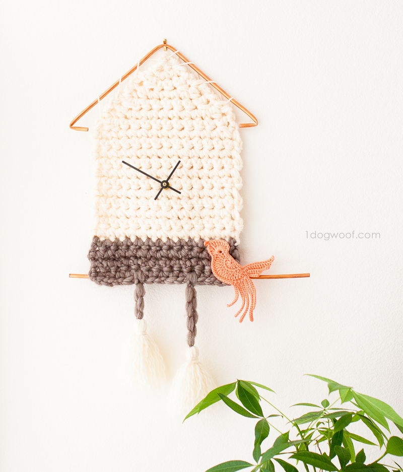 Yarn cuckoo clock wall hanging