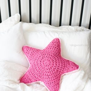 Sirius the Crochet Star Pillow
