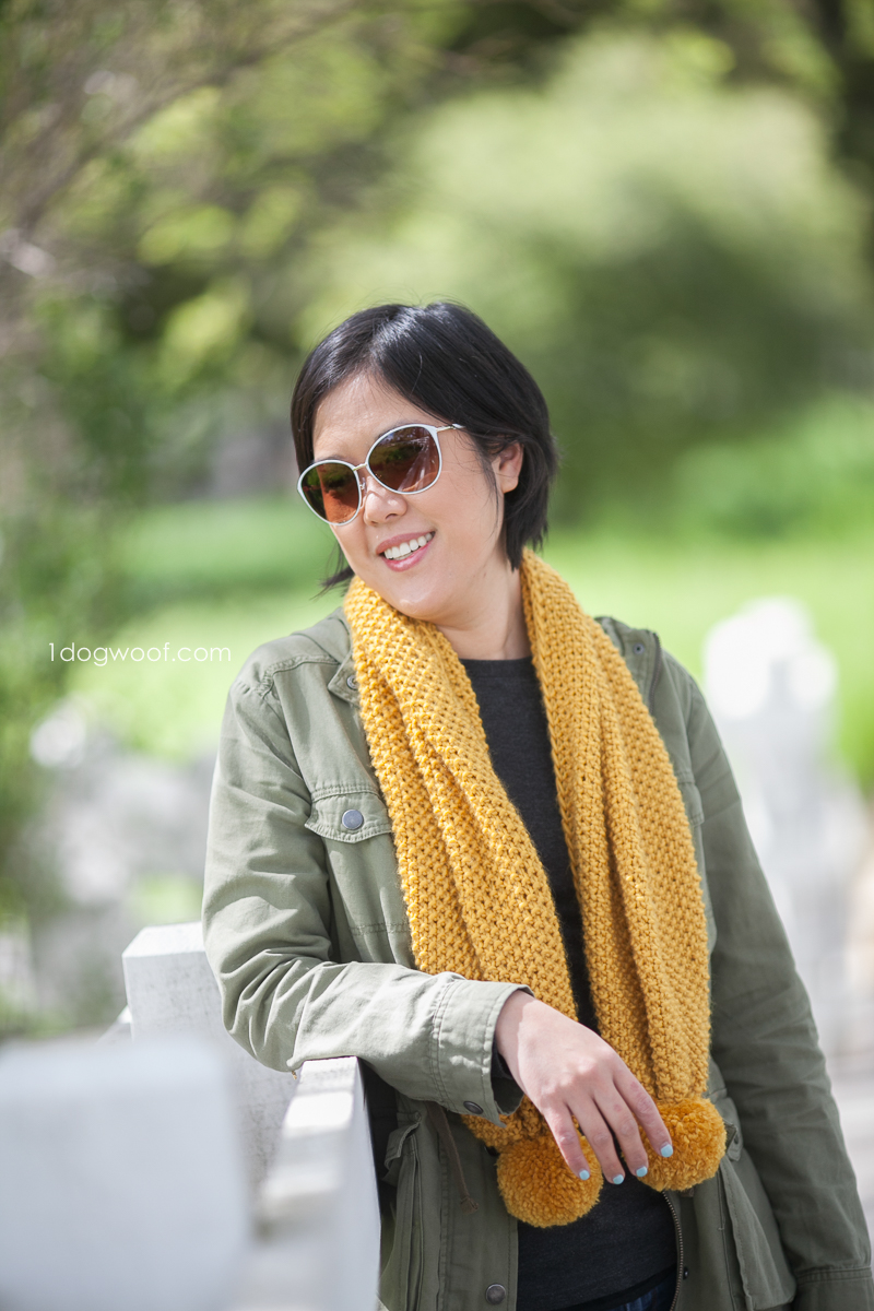 Amber Waves Seed Stitch Scarf, free beginner knitting pattern