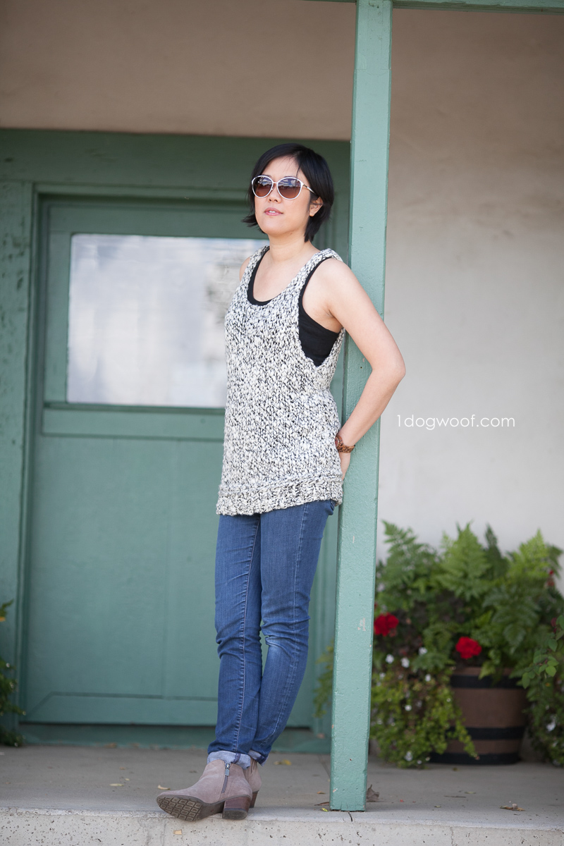 Caracol Tank Top Knitting Pattern by www.1dogwoof.com
