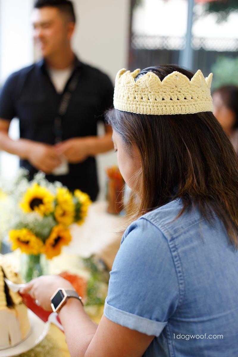 Queen bee crochet crown.