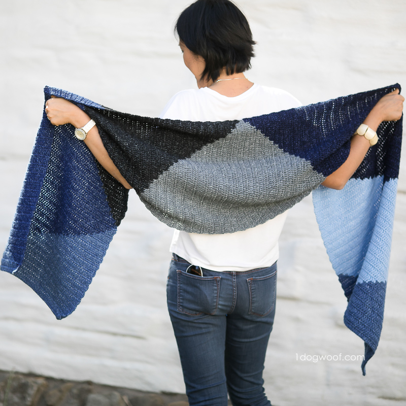 The Tangram Wrap scarf, free crochet pattern.