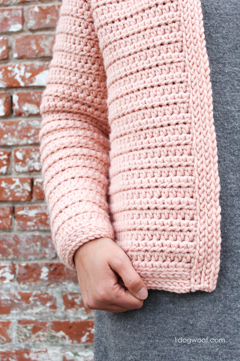 clean lines with slightly textured borders on the cardigan