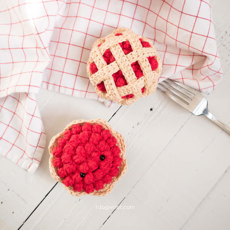 crochet cherry pie and fruit tart with fork and dish towel